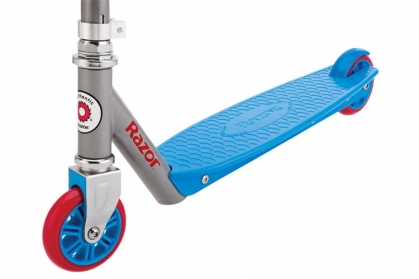 Berry Scooter Blue/Red 4